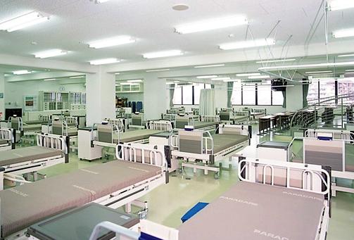 名古屋市医師会看護専門学校画像