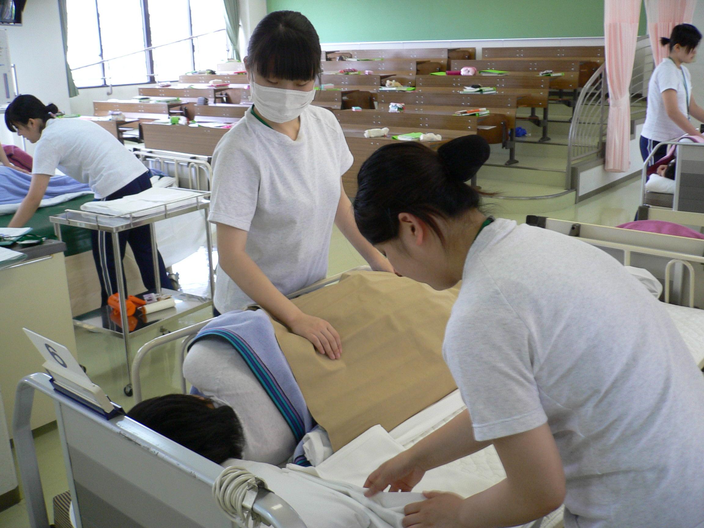 名古屋市医師会看護専門学校の情報満載 (口コミ・就職など)|みんなの ...